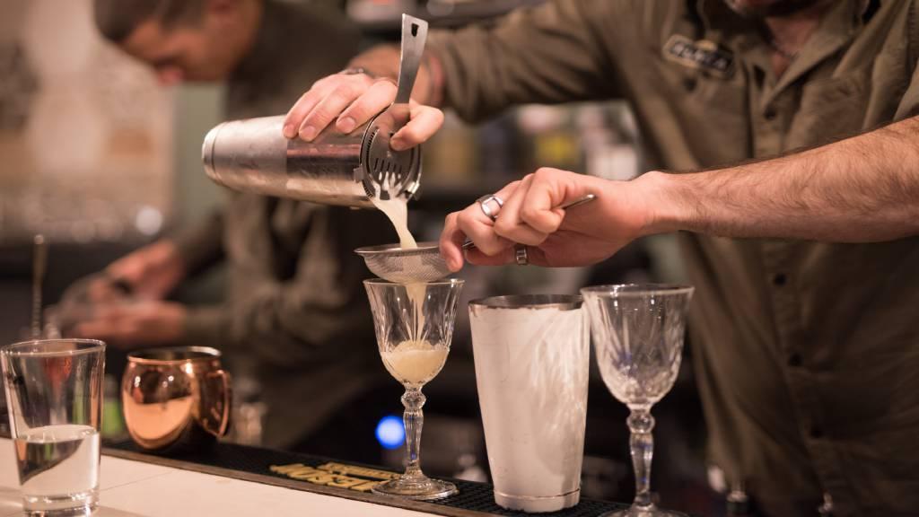 Restaurant-La-Flaca-Rome-barman-109