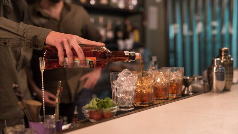 Restaurant-La-Flaca-Rome-barman-142